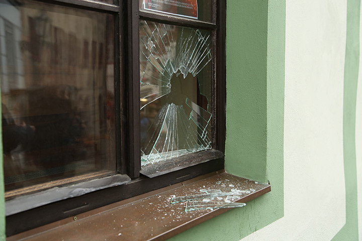 A2B Glass are able to board up broken windows while they are being repaired in South Hornchurch.